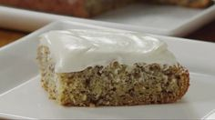 Watch Easy Banana Cake: A Great Way to Use Up Ripe Bananas in the Better Homes and Gardens Video