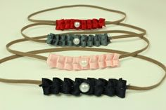 Haarbandje met roezels en parel