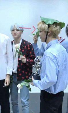 YoonGi Mirando a Jimin¿?