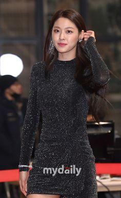South Korean Girls, Korean Girl Groups, Korean Beauty, Asian Beauty, Kim Seol Hyun, Seolhyun, Korean Music, Korean Singer, Asian Girl