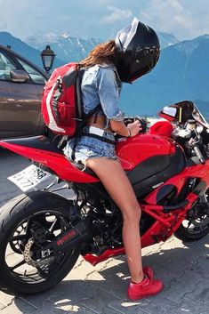 Super Hot Biker Girl in a Cool AGV Helmet Sitting on Her Kawasaki Ninja Motorcycle Best Motorcycle Boots, Ninja Motorcycle, Female Motorcycle Riders, Womens Motorcycle Helmets, Moto Bike, Agv Helmets, Duke Bike, Chicks On Bikes, Ride Out