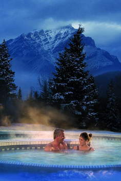 Willowstream Spa Banff (Castle mountain in the background- I hiked that!!) #CDNGetaway