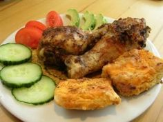 Chicken drumsticks and scones, baked together in a large pan, make an excellent casual meal that can be taken outside in the garden, or on the patio. Baked Chicken, Tandoori Chicken, Meat Dish, Chicken Drumsticks, Meat Chickens, Scones, Meals, Dishes, Baking