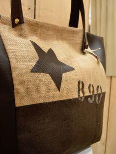 7e1f2a5725 Sac a main en toile de jute beige Cabas artisanal en toile tissu marron  foncé et simili imitation cuir chocolat étoile
