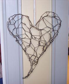 Hjärta av taggtråd.