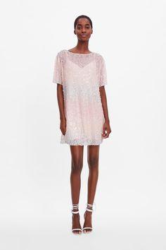 c70e1e4fc907 Shiny blazer dress