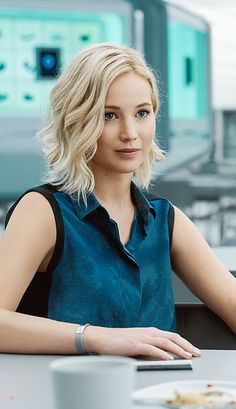 Wow! Jennifer Lawrence in upcoming Passengers looks breathtaking!  #jenniferlawrence #passengers