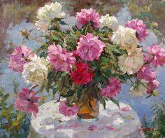 Vladimir Gusev (1957-): Peonies