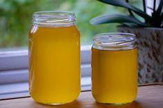 Ghee, även kallat klarifierat smör, görs enkelt med hjälp av en Crock-pot eller slowcooker. Lämpar sig för personer som är känsliga mot mjölkprotein.