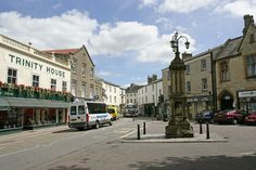 AXMINSTER:  Gateway to Devon's beautiful Axe Valley, this thriving market town is famous worldwide for Axminster carpets.   http://www.heartofdevon.com/places-to-visit/axminster-p250813