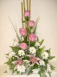High style design of roses and lilies bouquet for Gifting on wedding anniversaries. Altar Flowers, Church Flowers, Funeral Flowers, Deco Floral, Arte Floral, Floral Design, Large Flower Arrangements, Funeral Flower Arrangements, Christmas Arrangements