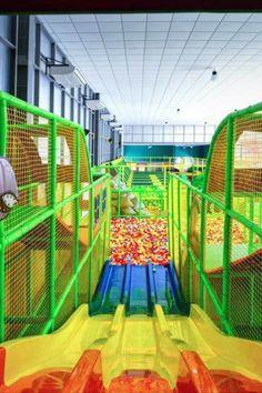 Trampoline House, Indoor Trampoline, Soft Play Area, Kids Play Area, Kids Fun, Playground Slide, Kids Indoor Playground, Indoor Jungle Gym, Daycare Themes