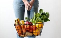 I Wellbeing. How To Go About Setting Your Daily Nutrition Goals. You are not the only one that goes down grocery aisles unsure of which foods are good for you and which aren't. Nutrition is a complicated subject, but it Good Vitamins For Women, Keto Diet Grocery List, Vegetable Basket, Dieta Detox, Diet Chart, Nutrition Plans, Nutrition Tips, Plant Based Diet, No Carb Diets