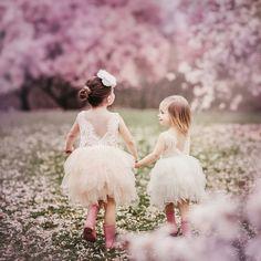 """332 mentions J'aime, 1 commentaires - MyFashionBabyStore (@myfbs.fr) sur Instagram: """"Adorables 😍 robe MILA www.my-fbs.fr Livraison GRATUITE Expédition sous 48H"""""""