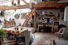 my friend's sister's crazy cool west oakland loft...this is the office space for her awesome blog: http://bigbigbigthings.com/