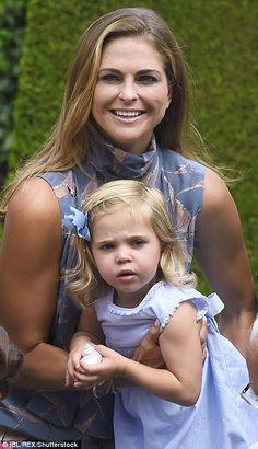 Swedish royals gather atSolliden Palace for family photo shoot