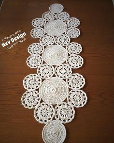 Best 12 Study In Circles Crochet Motif Table Runner Pattern Crochet Circles, Crochet Round, Crochet Home, Crochet Motif, Crochet Doilies, Double Crochet, Hand Crochet, Crochet Table Runner, Embroidery