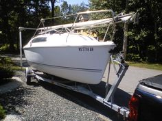 2000 Hunter 212 located in Massachusetts for sale