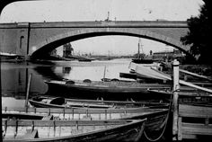 """The SECOND Princes Bridge known as """"Lennox Bridge"""", looking downstream towards """"Docklands"""", in Built replaced by today's structure in it was reputed to be one of the longest single span arch bridges in the world. Photographer: A. Melbourne Victoria, Historical Architecture, Melbourne Australia, Historical Photos, Old Photos, Cool Pictures, Boat, History, Bridges"""