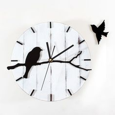 Retro Style Wall Clock Cute Bird Wood Wall Clock Mute Quartz Wall Clock Living Room Wall Clock