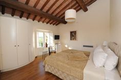 Superior Accommodation, experience elegant holidays in Tuscany. Tenuta San Pietro - Four star Hotel in Tuscany - Hotel for wedding in Tuscany - Romantic hotel in Lucca - Tuscany - Italy - Weekend in Tuscany