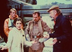 Irvin Kershner directing Carrie Fisher on the Echo Base hangar set. Star Wars - Empire Strikes Back Princess Leia Star Wars I, Star Wars Cast, Leia Star Wars, Saga, Carrie Fisher, Frances Fisher, The Empire Strikes Back, Star Wars Poster, Movie Photo