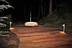 De Sus Mini Sun LED spot 24V is door zijn klein formaat erg geschikt als vlonderspot of inbouwspot voor het verlichten van bijvoorbeeld een trap, vlonder, voetpad of oprit. Met een inboormaat van slechts 19mm is de Mini Sun eenvoudig en snel te monteren als vlonderspot. Door de robuuste RVS behuizing is ook de Mini Sun kwalitatief hoogwaardig. Deze kleine LED terrasspot zet zich vast in de uitsparing en dankzij 2 siliconen rubbers is de Mini Sun heel eenvoudig te monteren. #klantfoto