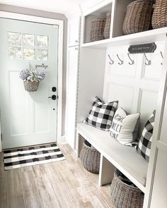 Entryway Storage, Entryway Ideas, Entry Way Design, My New Room, Mudroom, Home Remodeling, New Homes, Decoration, Interior Design