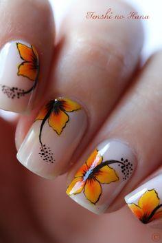 déco 219 8 - www.nails-art.fr