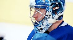 Auston Matthews 💙😊💙 Nhl Hockey Teams, Hockey Players, Ice Hockey, Maple Leafs Hockey, Toronto Maple Leafs, Funny Hockey, Snacks, Humor, Boys