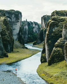 40 amazing travel destinations bucket list worldwide that will inspire your wanderlust. The best travel destinations affordable favorite places and landmarks from 15 years of traveling all over the world travel Oh The Places You'll Go, Places To Travel, Travel Destinations, Places To Visit, Iceland Travel, Greenland Travel, Adventure Is Out There, Travel Goals, Adventure Travel