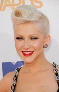 Victory Rolls Short Hair | 50s Pin Up Hair: Victory Rolls for Shorter Hair
