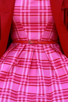 Oh so lovely, oh so vintage! :: Vintage Fashion:: Retro Style:: Pin up Girl Fashion:: '50s style :: Pretty in Pink and Red
