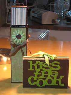 Kiss the Cook... #recipeholder #kitchen #clothespin #wood #vinyl #paint #gifts #crafts #greeneyedgirlcrafts