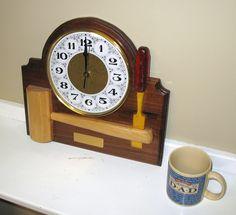 Signature Shop Clock - The Dale Maley Family Web Site