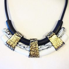 """Nefertiti"" necklace. Handsculpted in polymer clay. #studio #studiohannaenander…"