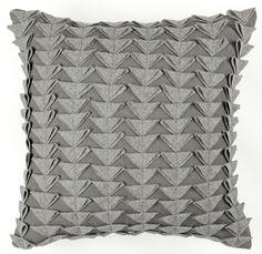 felt-triangles-cushion