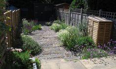 fenton roberts garden design, gravel garden with sleeper path