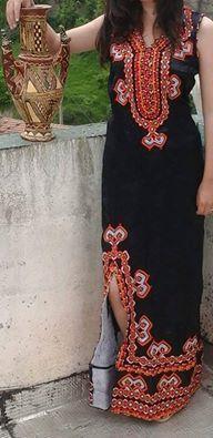 Models de robes kabyles kabyle pinterest kabyles for Maison kabyle moderne