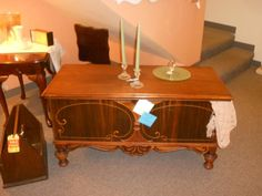 Beautiful, old hope chest. Perfect for any bedroom!
