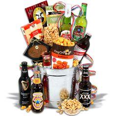 Around the world beer bucket - 6 beers beer subscription, beer basket, gour Best Gift Baskets, Wine Gift Baskets, Gourmet Gift Baskets, Gourmet Gifts, Gourmet Recipes, Beer Cap Crafts, Craft Beer Gifts, Wine Gifts, Beer Subscription