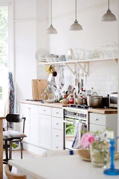 ~ Simple relaxed white kitchen ~