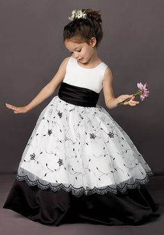 Ball Gown Floor-length Scoop Neck White And Black Satin And Lace Flower Girls Dresses Dress Flower, Cute Flower Girl Dresses, Lace Flower Girls, Little Girl Dresses, Dressy Dresses, Dresses Uk, Fashion Dresses, Girls Dresses, Gq Fashion