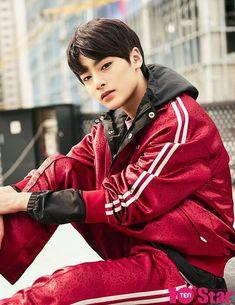 """Stray Kids x Star Magazine "" Jooheon, Lee Min Ho, Minho, Pre Debut, Jackson, Star Magazine, Shared Folder, Actors, Lee Know"