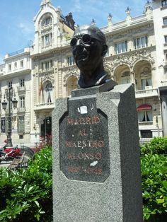 Maestro Francisco Alonso. C/ Alcalá, 20