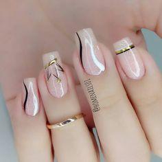 Chic Nails, Stylish Nails, Swag Nails, Heart Nail Designs, Best Nail Art Designs, Flamingo Nails, Acrylic Nails Coffin Short, Nails Only, Manicure E Pedicure