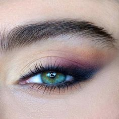 Eyes at an angle Make up Although there are a million types of eyes, . - Eyes Weird Make Up Although there are a million types of eye shapes, you can … Hair makeup Gulbah - Makeup Hacks, Makeup Inspo, Makeup Inspiration, Beauty Makeup, Hair Makeup, Makeup Ideas, Beauty Tips, Eyeliner Hacks, Beauty Hacks