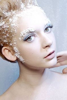 10 + Frozen, Ice & Snow Queen White Winter Make Up Ideas 2012 For Girls | Girlshue