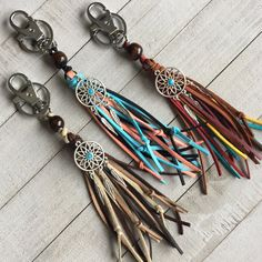 Tassel Key Chain Boho Handmade Faux Suede Tassel with Wooden Bead and Dream Catcher and Feather Charm * Read more details by clicking on the image. Leather Jewelry, Leather Craft, Boho Jewelry, Jewelry Art, Beaded Jewelry, Jewelery, Beaded Bracelets, Tassel Keychain, Leather Keychain