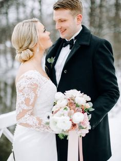 Talvihäät Mustion Linnassa. Helmivillakko Floral Desing, portfolio. Kuva: Annika Liinanki Photography.  #häät #hääkimppu #weddingbouquets #talvihäät #winterwedding Lace Wedding, Wedding Dresses, Wedding Ideas, Fashion, Bride Gowns, Wedding Gowns, Moda, La Mode, Weding Dresses